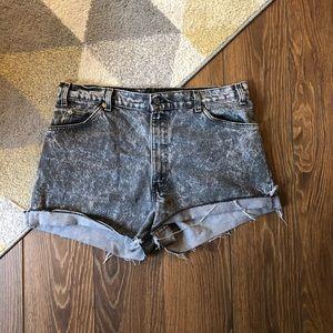 Vintage Levis High Rise Cut Off Denim Shorts